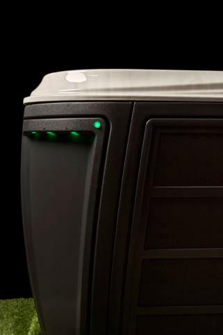 Détail lignes margelle acrylique, corner LEDS et Status Pro